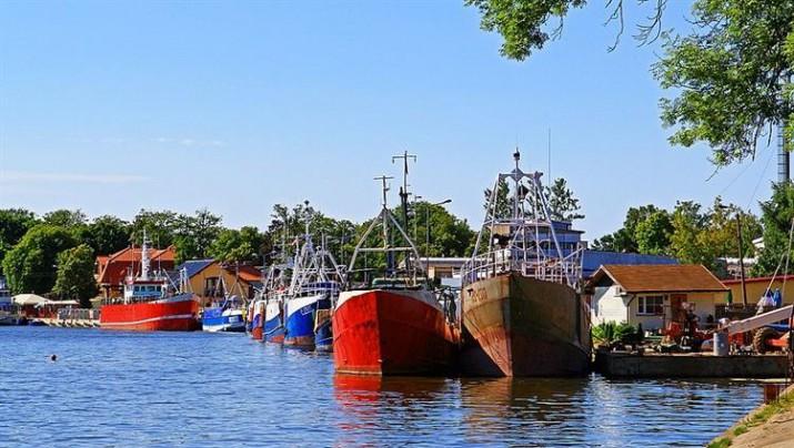 dziwnów port